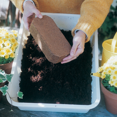 Coco-fiber & Coir Chip Bricks