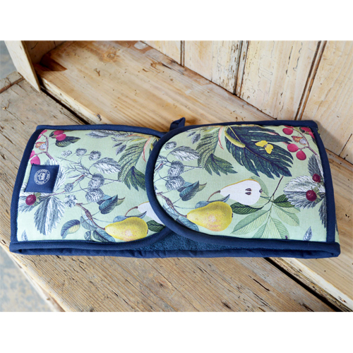 Cs/2 - Kew Fruit and Floral Double Oven Gloves