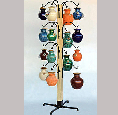 Down Under Pot Display Stand