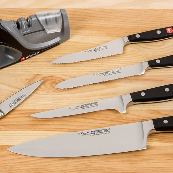 Knives, Sharpeners and Cutting Boards