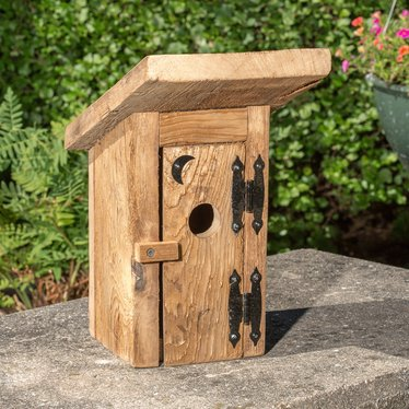 The outhouse birdhouse new lehman 39 s for Different bird houses