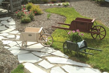 Amish-Made Wheelbarrows