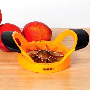 Easy Grip Peach Pitter