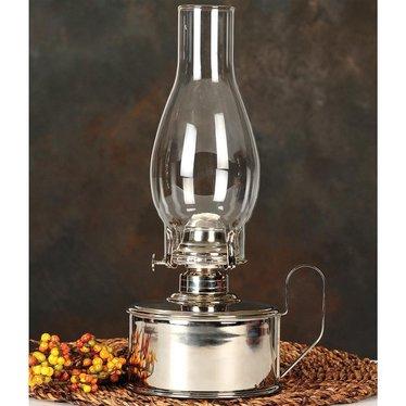 Olde Tin Cup Oil Lamp