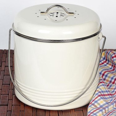 Odor-Free Compost Pail for Kitchens