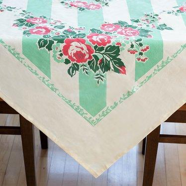 Retro Tablecloths