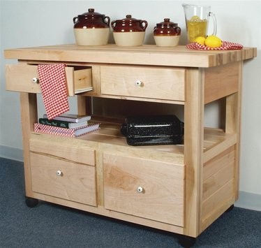 Ordinaire Amish Crafted Maple Kitchen Island With Casters