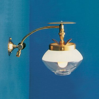 Falks Single Wall Light
