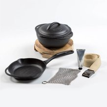 "Cast Iron Gift Set: 8"" Skillet, Crock & Trivet"