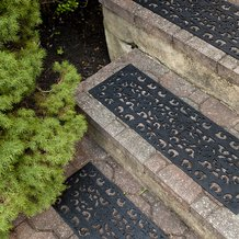 Fleur-de-Lis Recycled Rubber Stair Treads