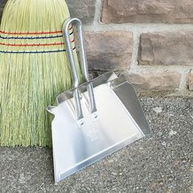 Stays-Flat Small Dustpan
