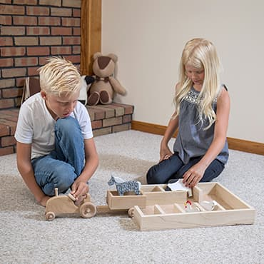 Eli & Mattie Toy Stockyard