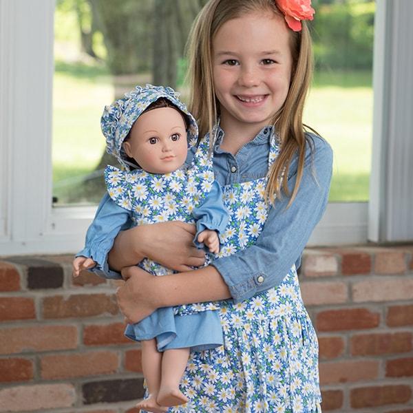 Eli & Mattie Doll Apron with Dress and Bonnet – Blue Floral
