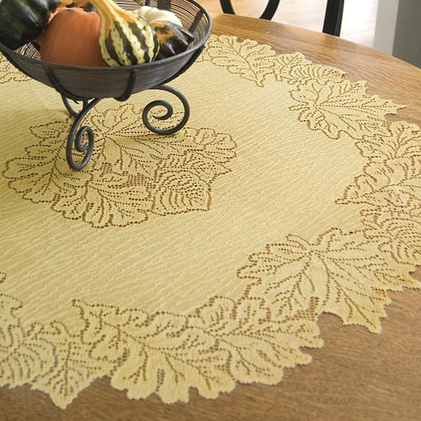 Maple Leaf Table Topper