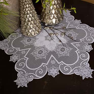Snowflake Table Topper