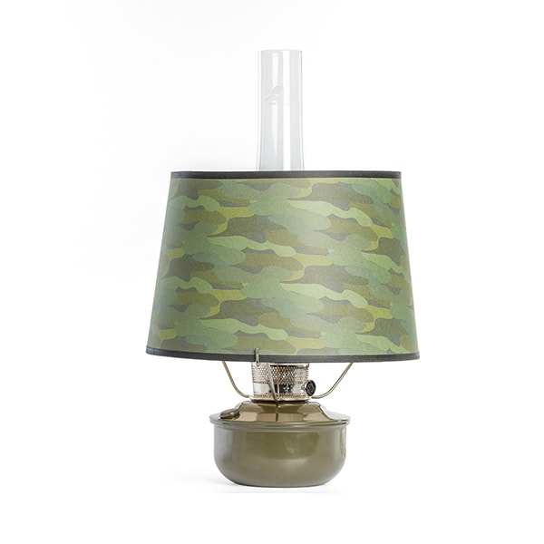Aladdin Hunter's Hideaway Shelf Oil Lamp WITH Camo Shade