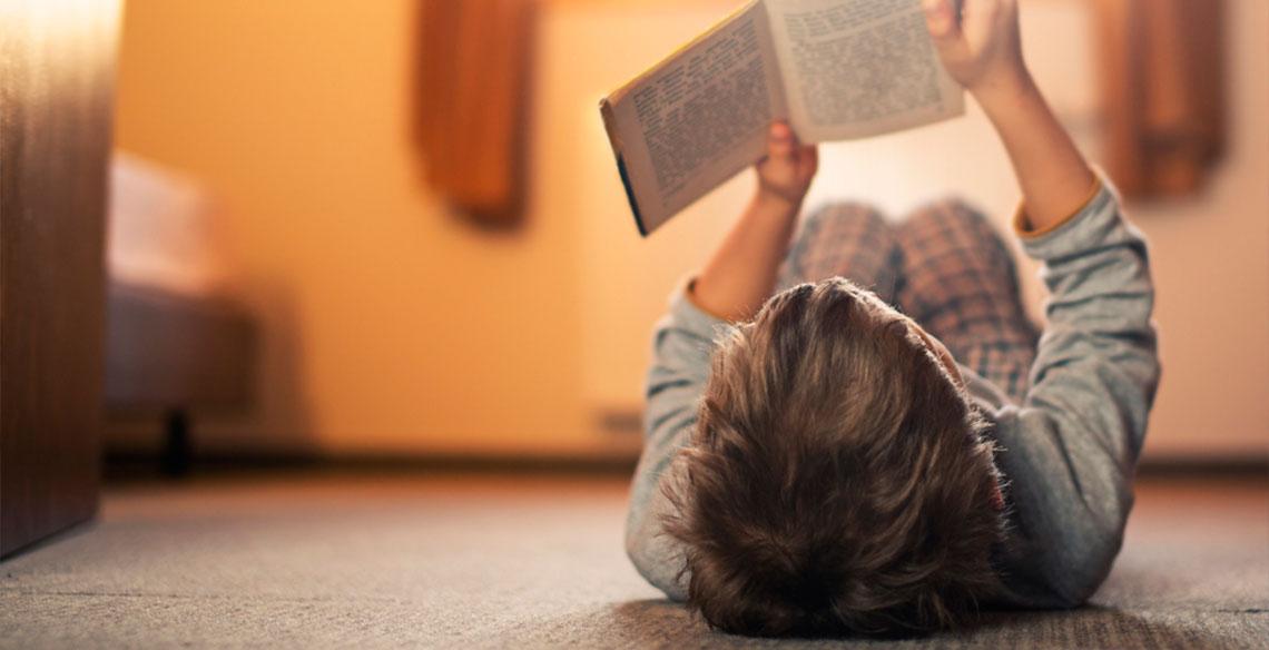 Histórias para ler: qual o melhor gênero para a idade da
