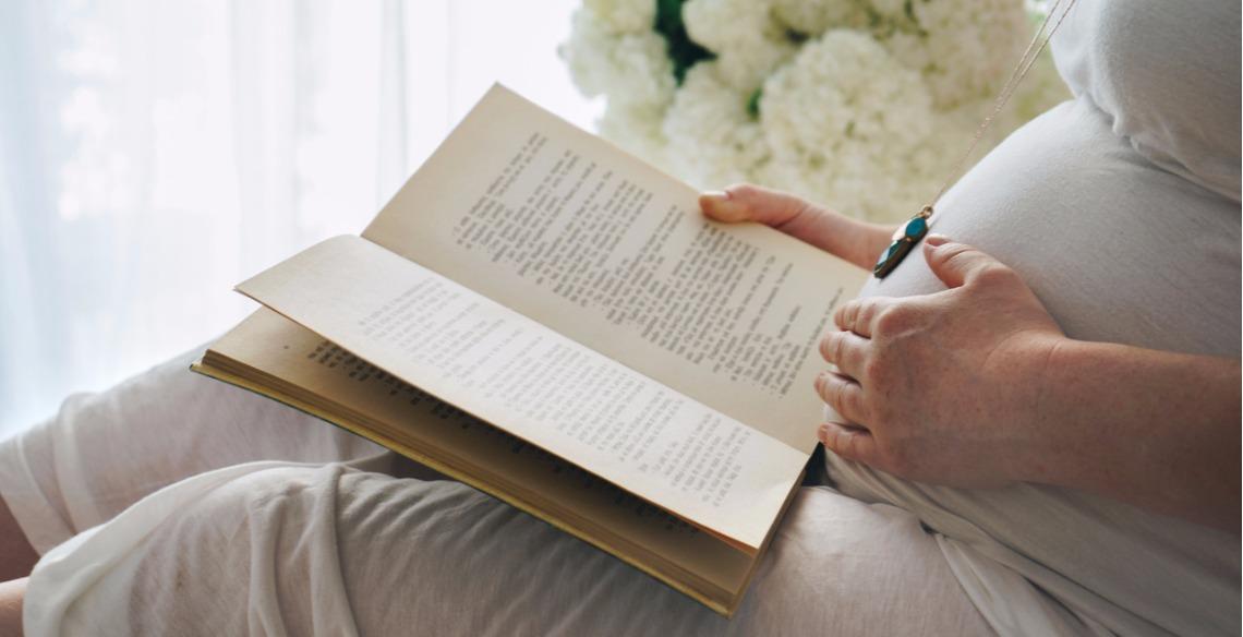 Leia Para O Seu Bebê Durante A Gravidez Com Estas 4 Dicas Leiturinha