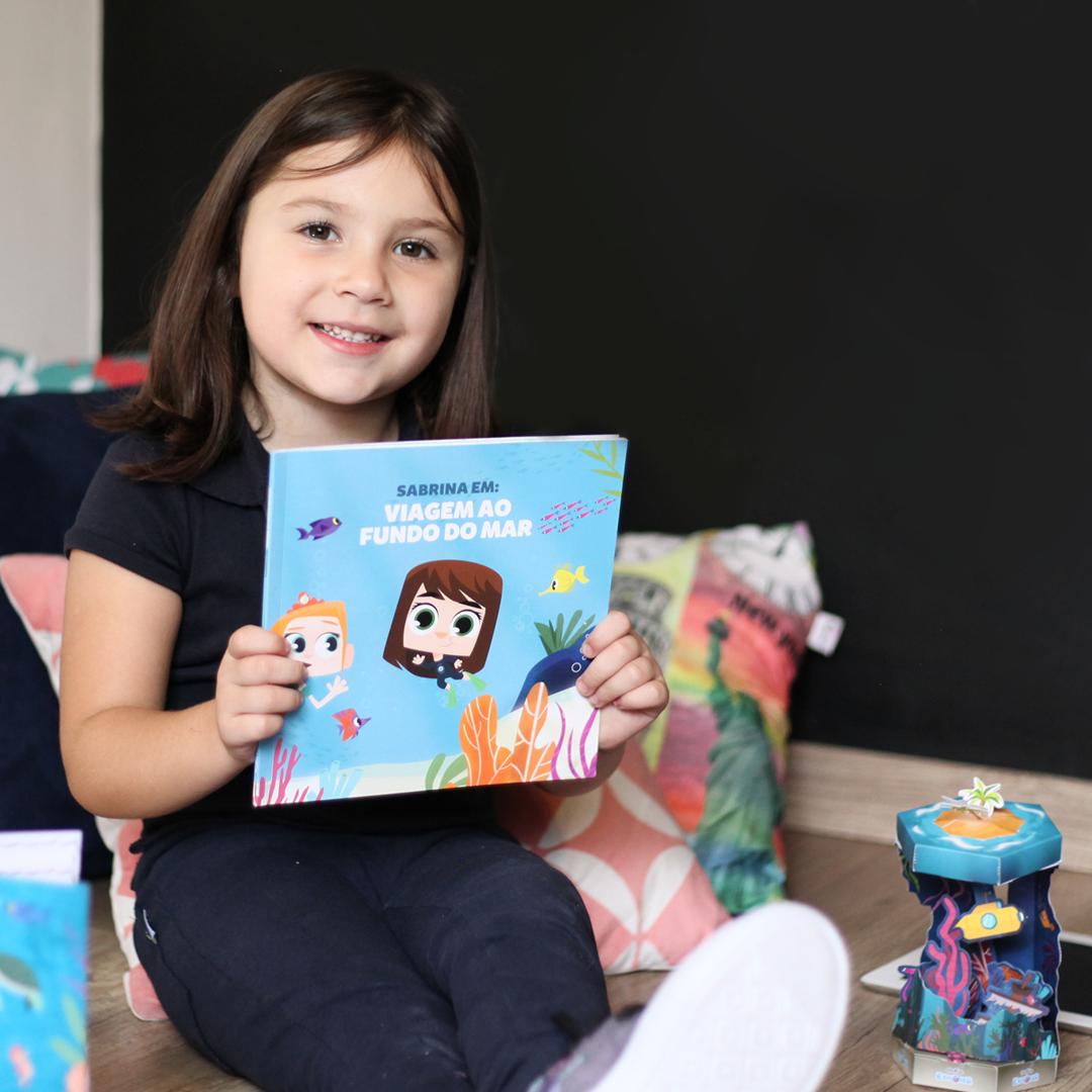 Livro Personalizado PlayKids Explorer