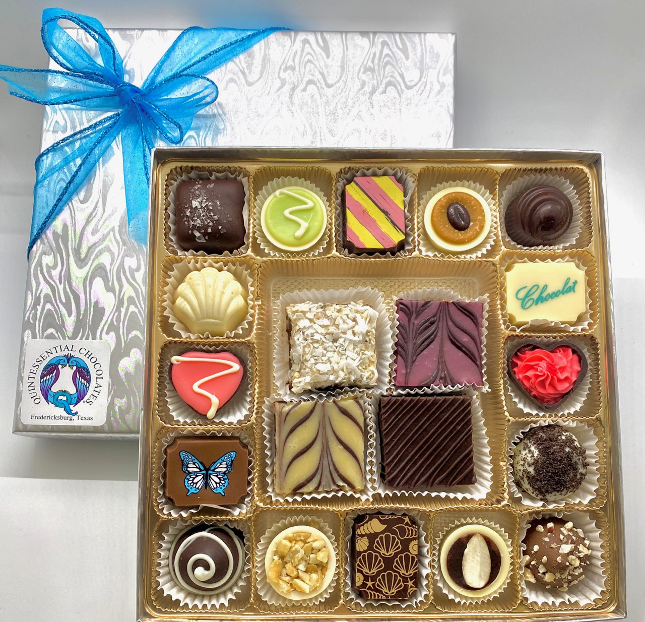 Pre-Selected  17 pc Silver Box with Silk Fudge!