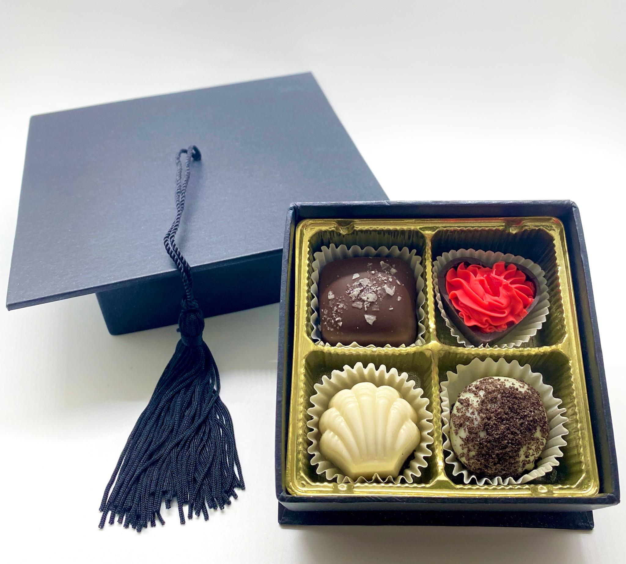 Pre-Selected 4 pc Graduation Hat