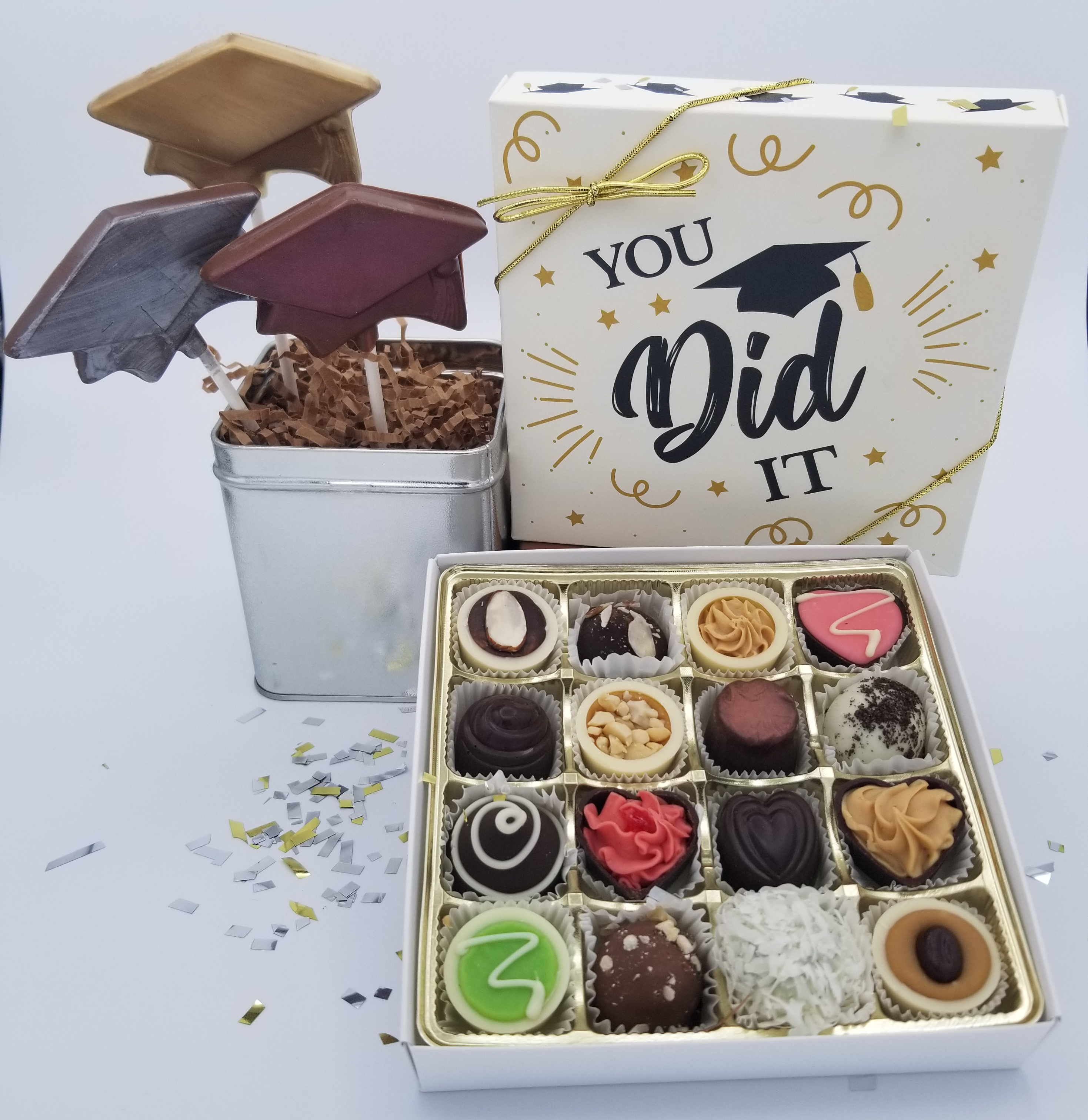 Pre-Selected 16 pc Graduation Package!
