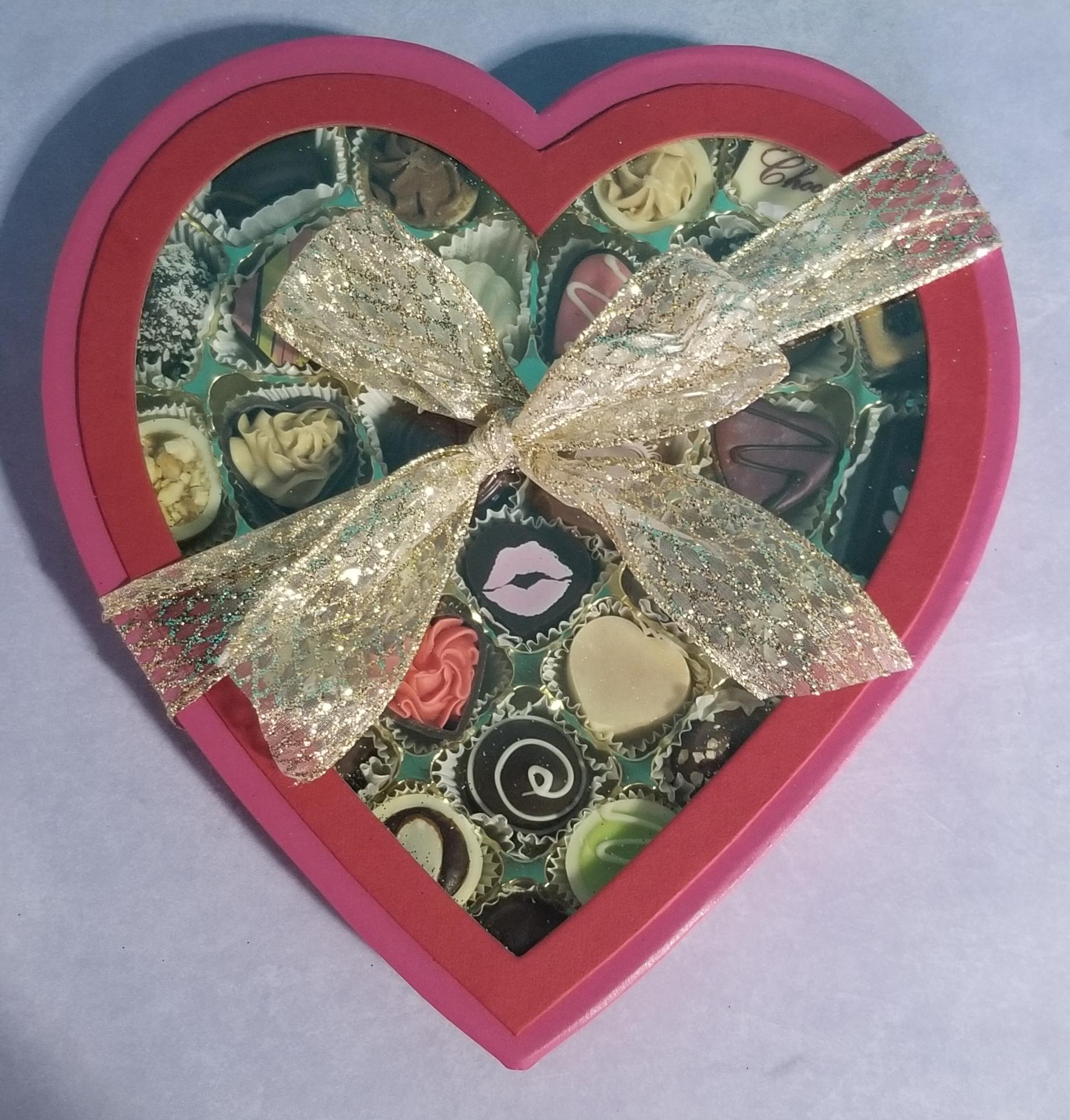 29 Piece Valentine Heart Box