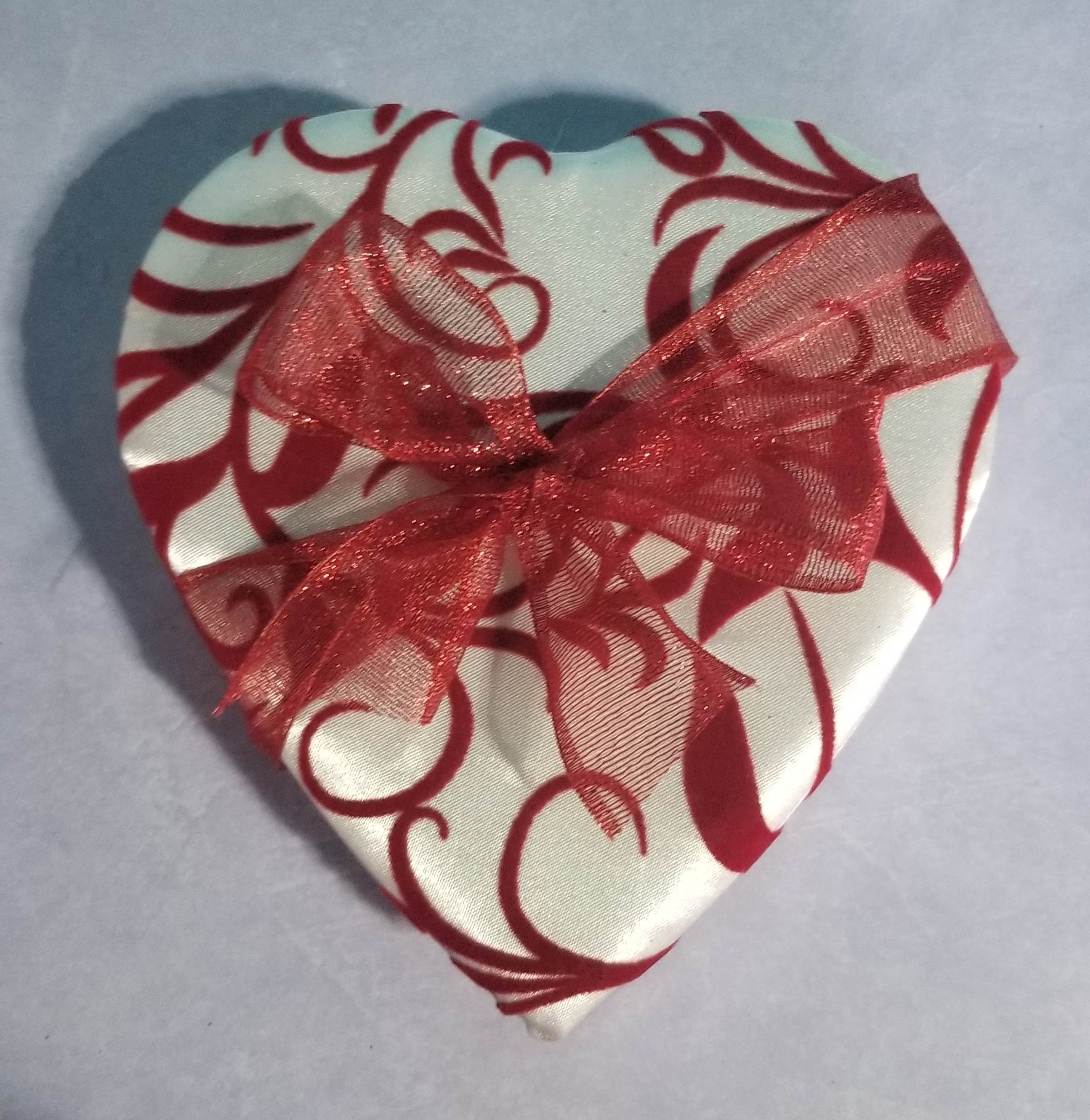 14 Piece Valentine Heart Box