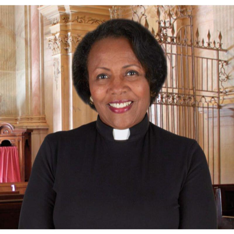 Women's Jersey Knit Tab Collar Short Sleeve Clergy Shirt