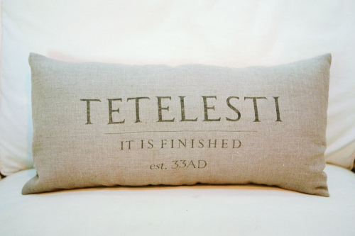 Tetelesti Long Pillow