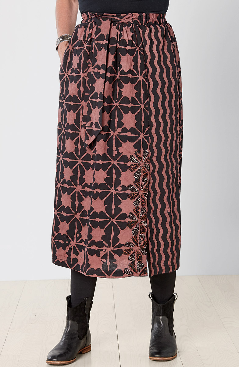 Akila Skirt - Rosewood Black