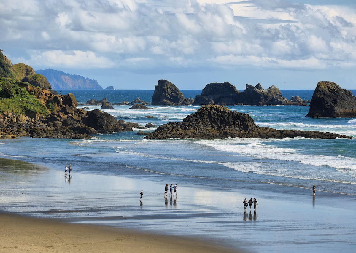 The Best Rockhounding And Beachcombing In Oregon