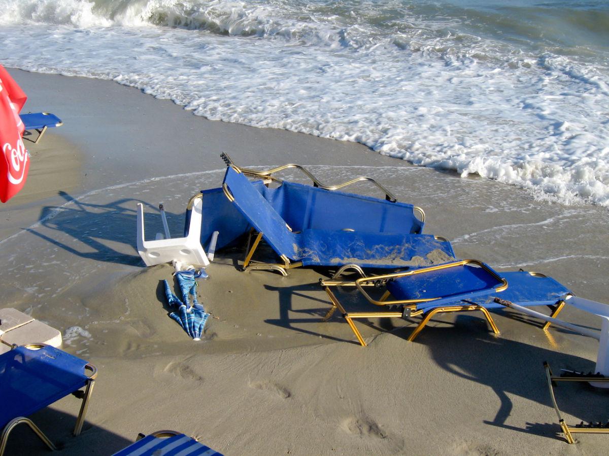 A freak 20-minute storm killed seven in northern Greece