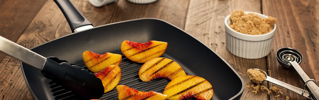 Scanpan grilling peach slices