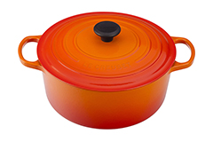 Le Creuset Signature Cast Iron 5 1/2 qt. Round Dutch Oven - Flame