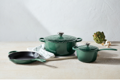 Le Creuset Signature Cast Iron 5 Piece Cookware Set - Artichaut