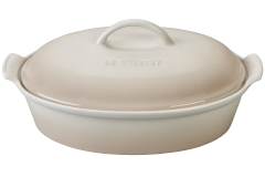 Le Creuset Heritage Stoneware 4 qt. Covered Oval Casserole - Meringue