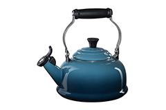 Le Creuset Classic Whistling Tea Kettle - Marine