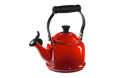 Le Creuset Demi Tea Kettle - Cerise