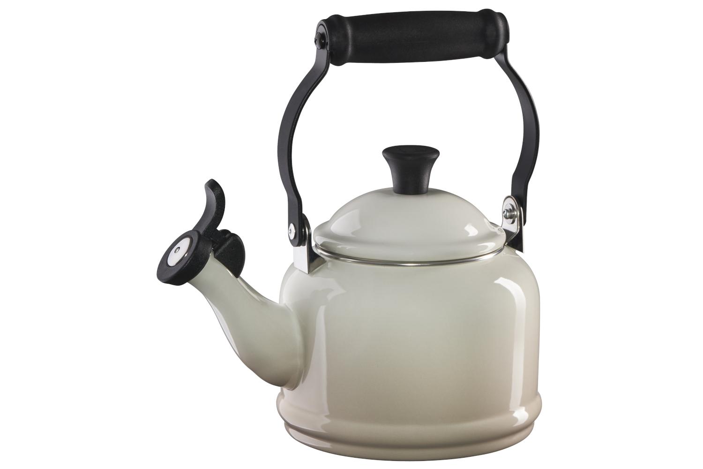 Le Creuset Demi Tea Kettle - Meringue