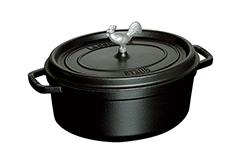 Staub Cast Iron 5 3/4 qt. Coq au Vin Oval Cocotte - Matte Black w/Rooster Knob