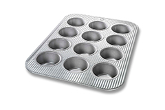 USA Pan Bakeware 12 Cup Muffin Pan