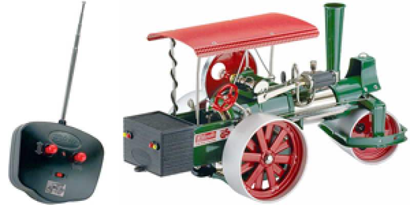 Wilesco D395 Steam Roller Green with RC Control