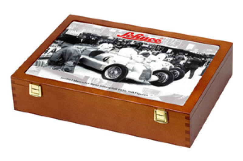 Studio I MB Silver Arrow 1936, white with figurines in wooden box