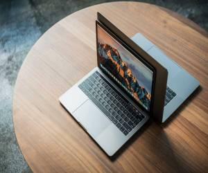 آبل تحاول الدفع بتحديث MacOS High Sierra للمستخدمين، وفقا...