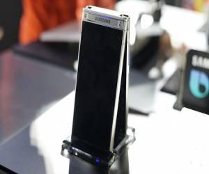 سامسونج W2018 هاتف قابل للطي بكاميرا مزدوجة الفتحة