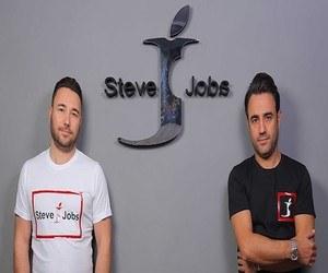 """في إيطاليا، شركة ملابس باسم """"ستيف جوبز"""""""