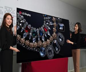 LG تكشف النقاب رسميا عن أول شاشة OLED في العالم بحجم 88 إ...