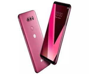 LG تُصدر نسخة باللون الزهري من هاتف V30 قبل معرض CES