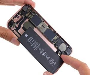 تقرير: مبيعات iPhone قد تشهد انخفاضًا يصل إلى 16 مليون ها...